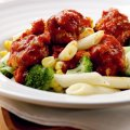 Roasted saucy meatballs with veggie pasta