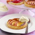 Toffee apple tartlets with Calvados cream