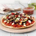 Vegetable & goat's cheese pizza