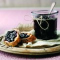 Apple & blackcurrant jam