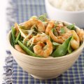 Stir-fried mange tout with prawns