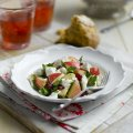Goat's cheese & apple snack salad