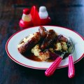 Bangers & mash with red onion gravy