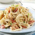 Light wholewheat spaghetti carbonara