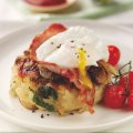 Breakfast hash with bacon & poached eggs