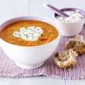 Spicy tomato & lentil soup