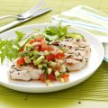 Garlic turkey with salsa