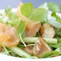 Smoked salmon, pea shoot & horseradish salad