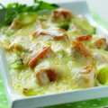Chicken, leek & cheddar bake