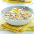 Marmalade porridge with clotted cream