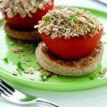 Oat-topped baked tomatoes