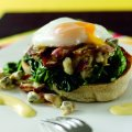 Poached egg on buttered spinach & muffin