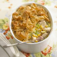 Scrunchy topped chicken, leek & sweetcorn pie