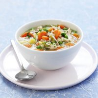 Carrot, chicken & barley soup