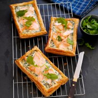 Salmon & rocket tarts