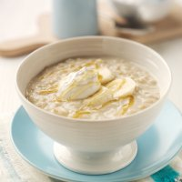 Honey & yogurt porridge with banana