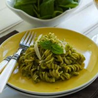 Pistachio pesto with gluten-free pasta