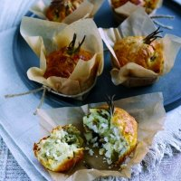 French goat's cheese mini-log & olive muffins