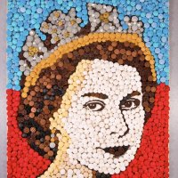 Queen Elizabeth II's image recreated using 2,012 cupcakes
