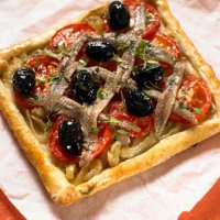 Pissaladiere & tomatoes
