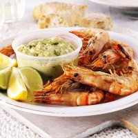 Griddled prawns with guacamole