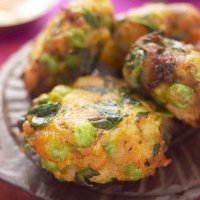 Spinach & green pea patties